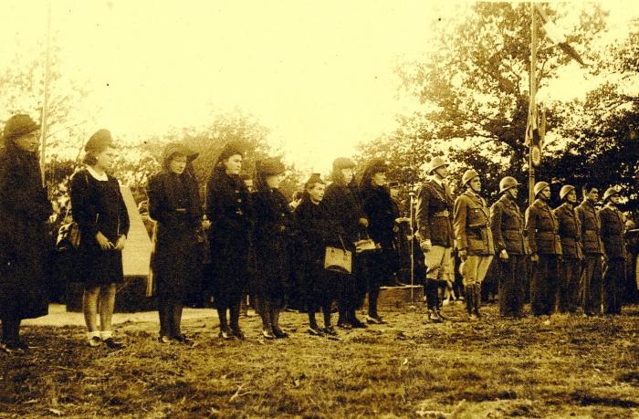 Les veuves de Buzet-sur-Tarn en 1945