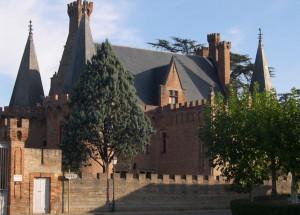 chateau de Brax vu du village.