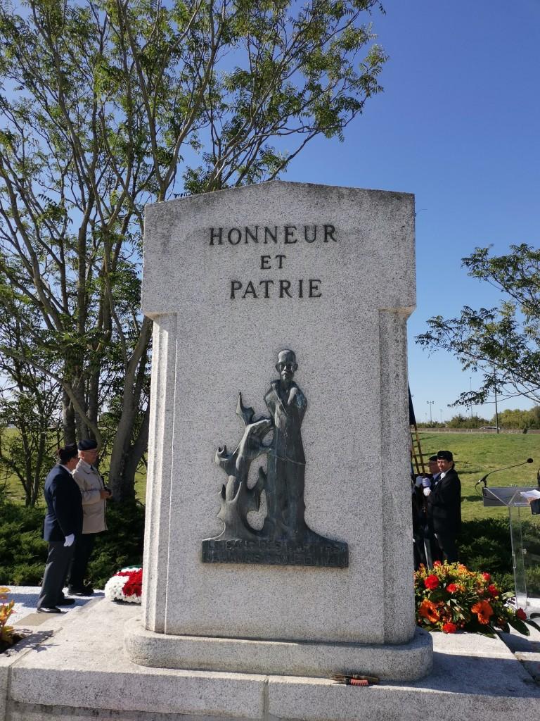 Stèle des Martyrs de Bordelongue, dos