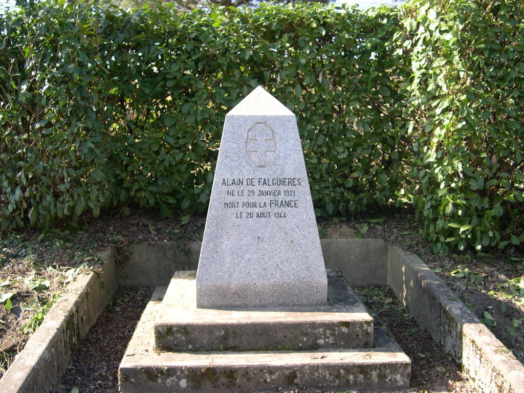 FALGUIERES stèle VILLAUDRIC1329