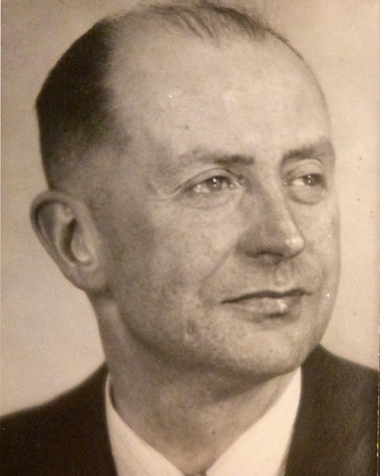 1940 peut etre portrait-tr